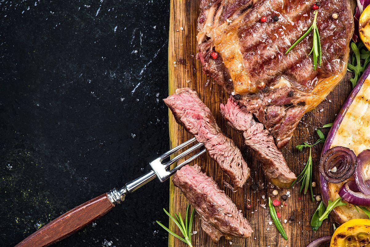 menu w restauracji kulisy gastronomii Kulisy gastronomii – dlaczego restauracje tak szybko upadają? menu w restauracji