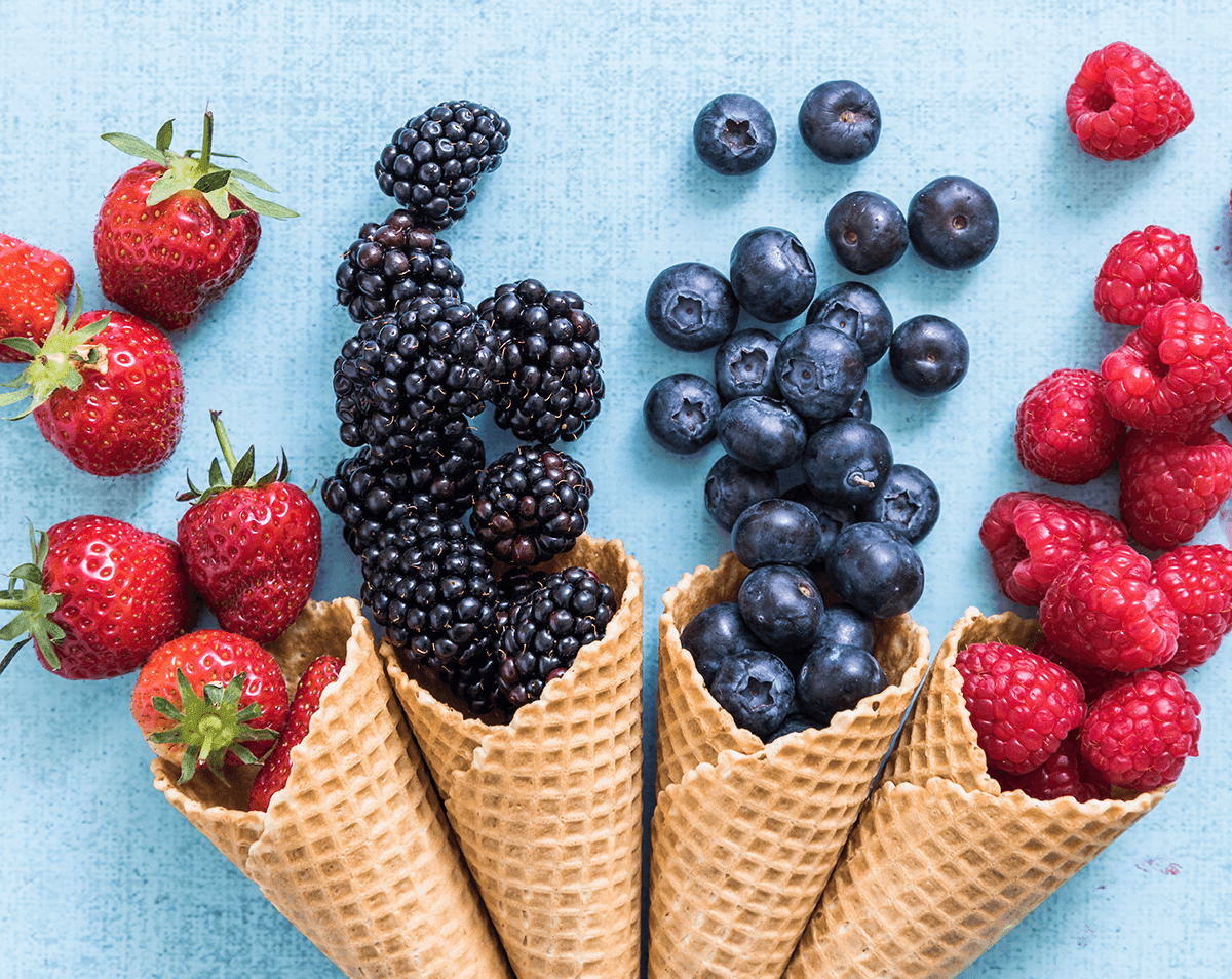 zdrowe lody - owoce w waflu