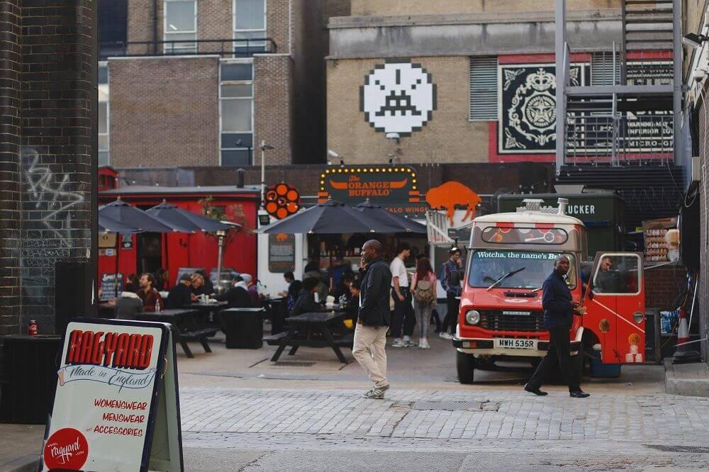 marketing food trucków Marketing food trucków – jak przyciągać i aktywizować klientów? foodtruck event