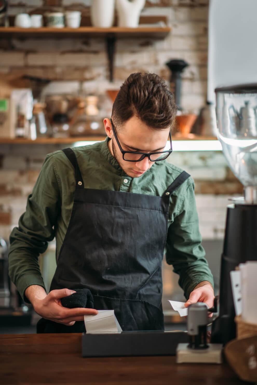 barista wyposażenie barów Profesjonalne wyposażenie barów i obiektów gastronomicznych barista