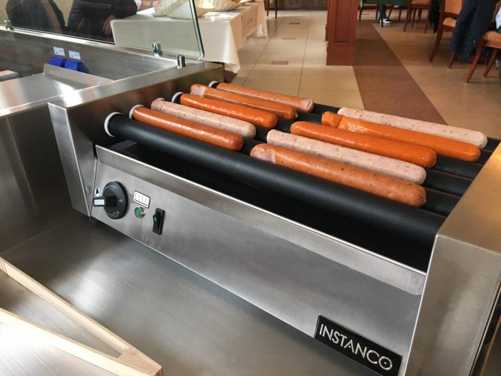 sprzęt instanco w użyciu  Jak automatyzacja i nowe technologie wpływają na jakość produktów w gastronomii? sprzet instanco w uzyciu 1024x768
