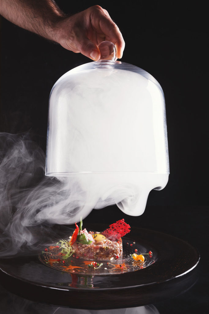 Wszystko, co trzeba wiedzieć na temat kuchni molekularnej kuchnia molekularna z cieklym azotem 683x1024